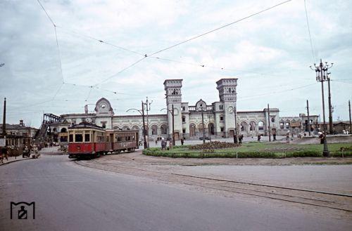 Руины старого здания вокзала
